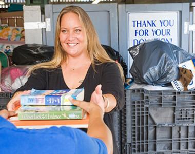 thumb donation_TINY.jpg
